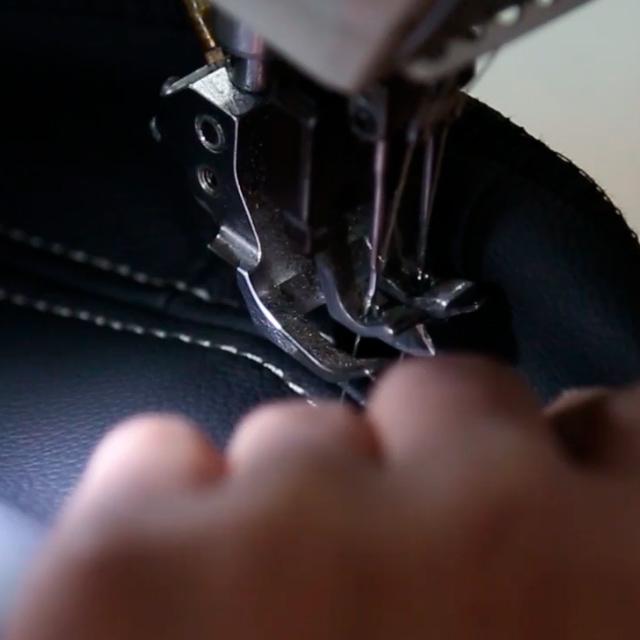 シルバーステッチの縫い込み